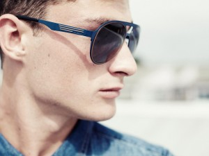 3619_1_MAN_SUNGLASSES